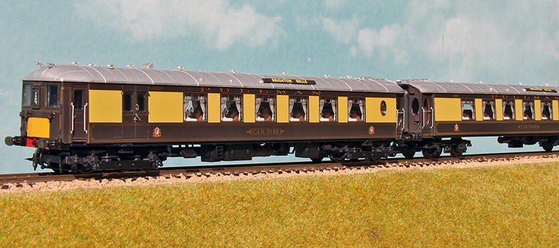 Hornby's 1976 Brighton Belle model 3/4 view