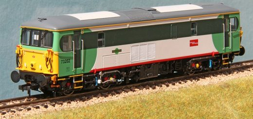 Three quarter view of Dapol 4D-006-013 73202 in Southern/Gatwick Express livery