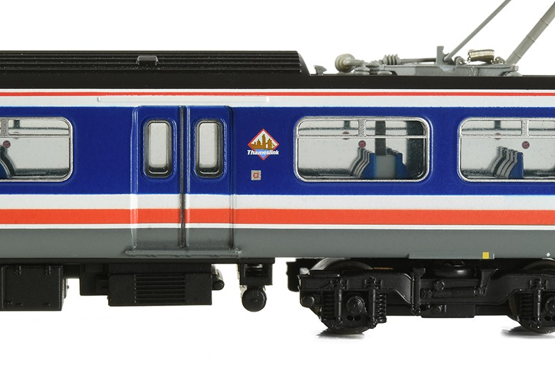 Pantograph car of Graham Farish 372-875 319004 in Network SouthEast livery