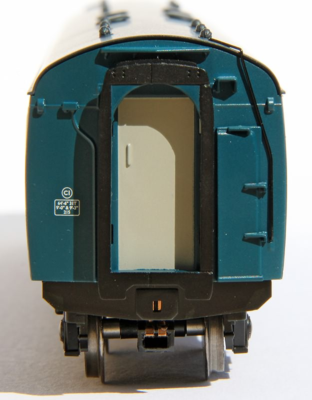 Inner end of buffet car in BR blue & grey livery