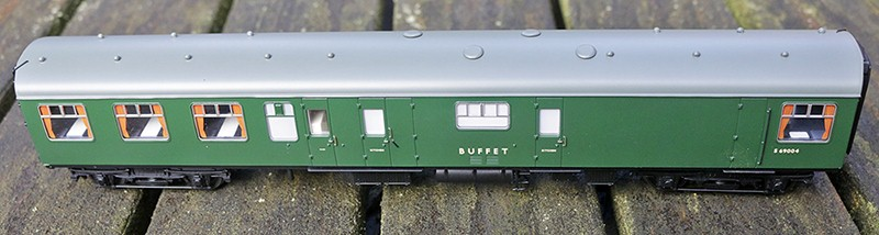 """Buffet car service side in BR """"early"""" green livery"""